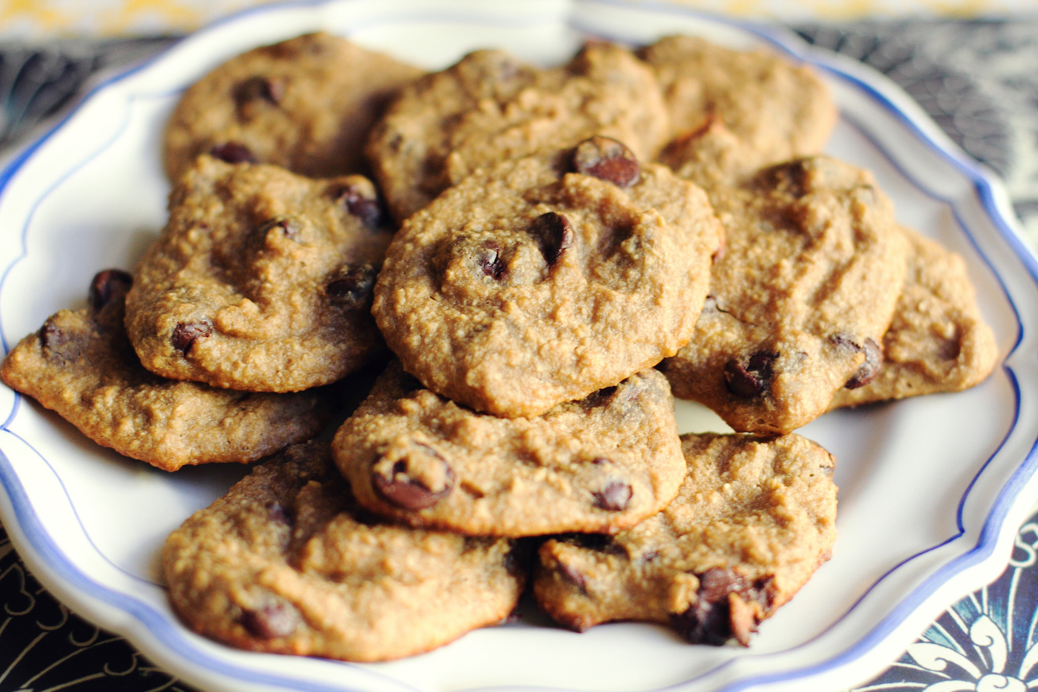 Healthy Banana Chocolate Chip Cookies
