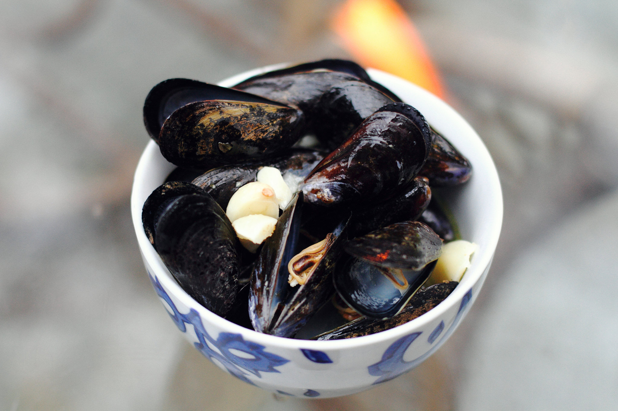 Smoky Grilled Mussels