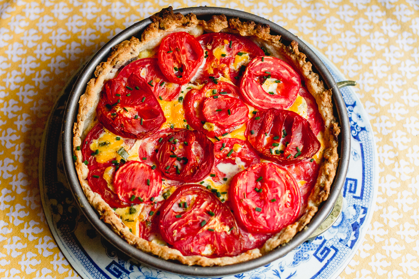 Tomato, Bacon, and Cheddar Pie