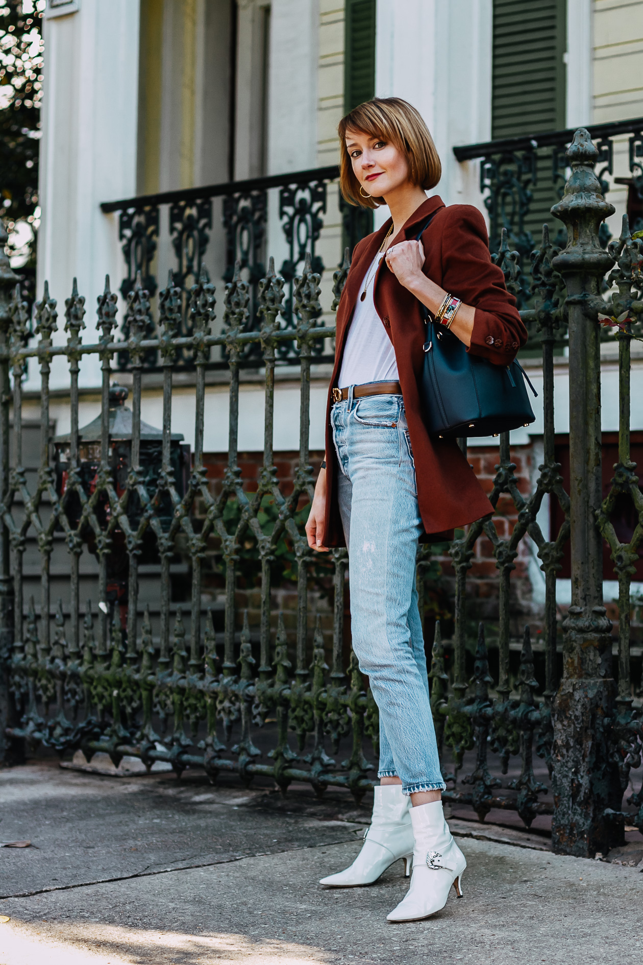 oversized brown blazer and RE/DONE jeans