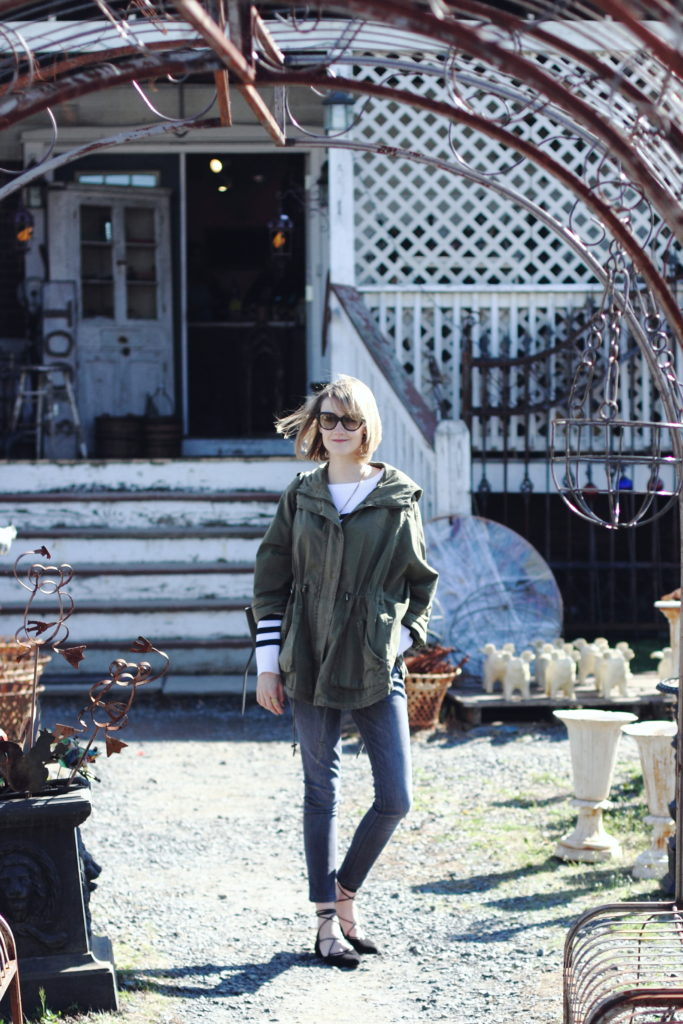 Lucketts, VA antique shopping outfit