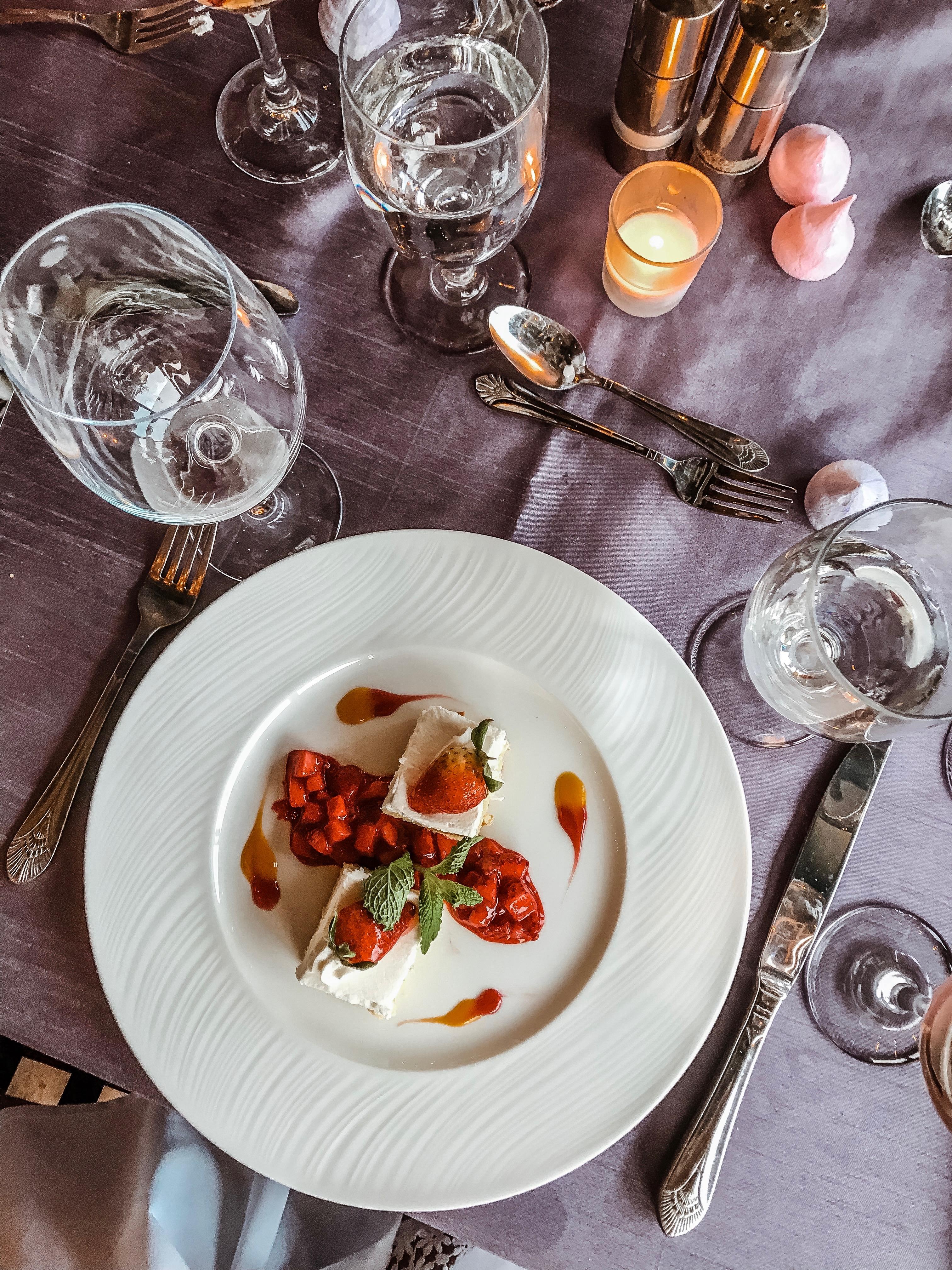 summer dinner party at the Omni Shoreham Hotel