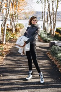 warm fleece & hiking boot winter outfit